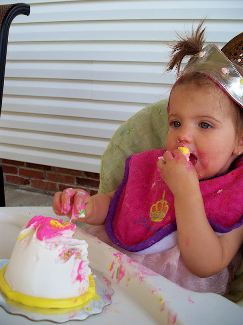 Addie eats her smash cake!