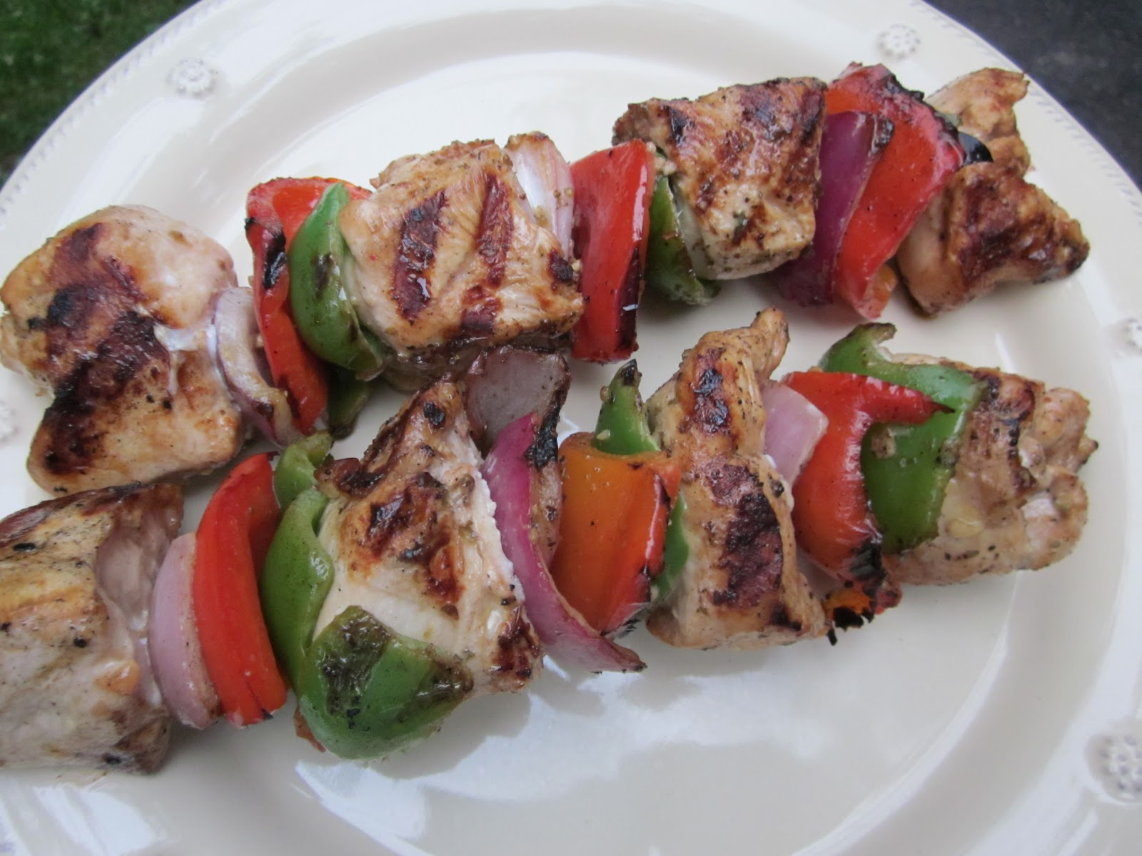 the love of feasting: Grilled Island Chicken Kabobs