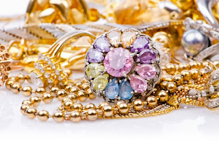 وصفات منزلية لتلميع مجوهراتك من الذهب والفضة