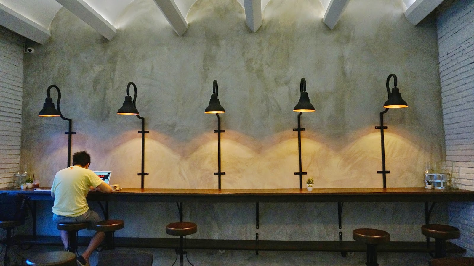 Historica Coffee & Pastry Interior