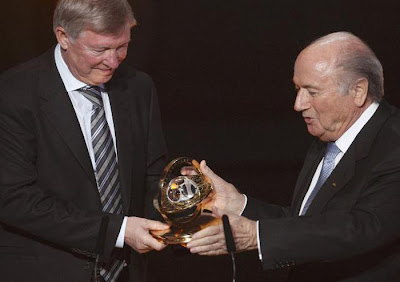 Sir Alex Ferguson - 2011 FIFA Presidential Award