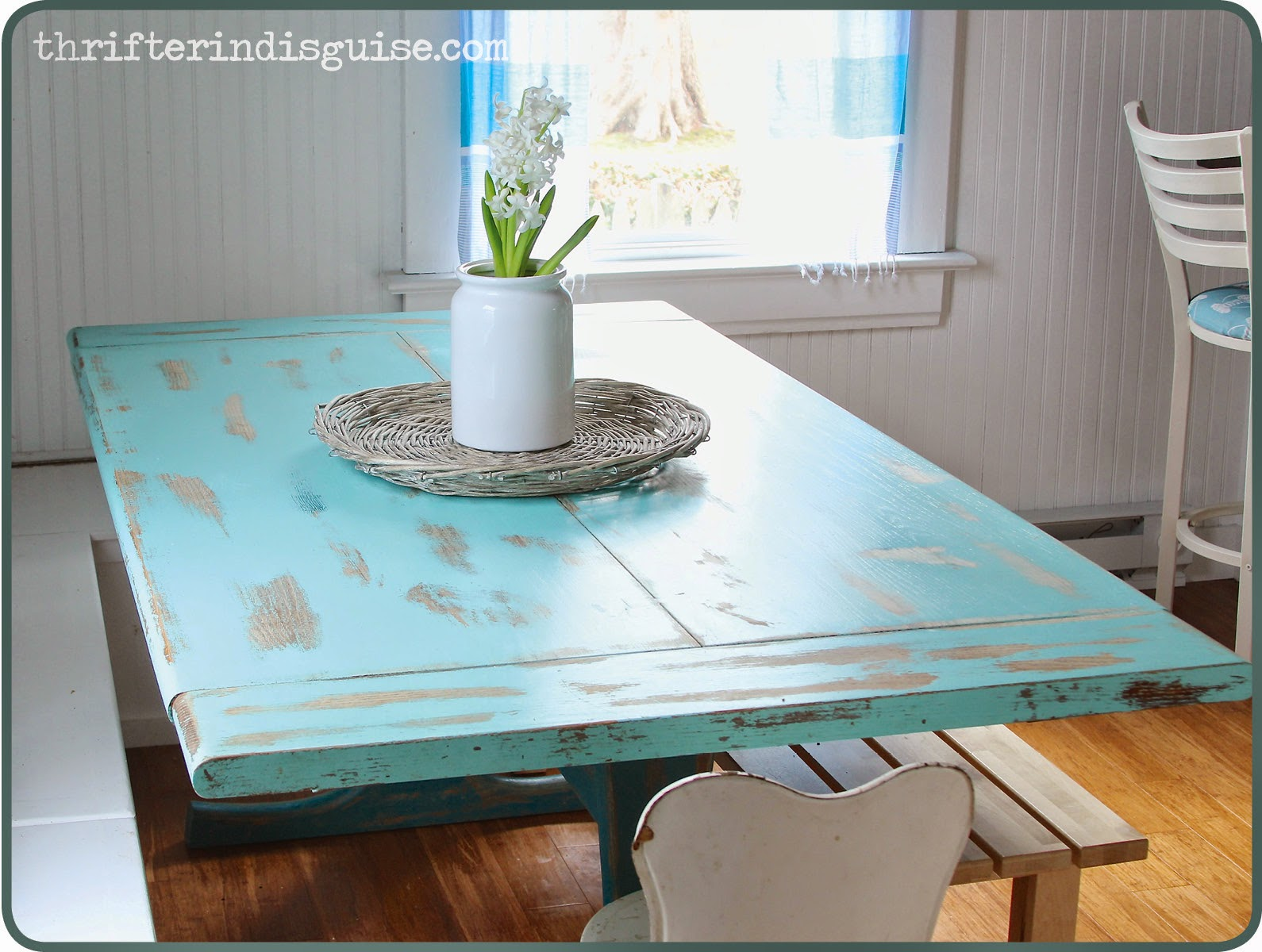 Good table for banquette