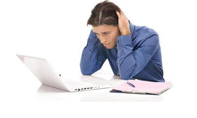 كيف تتخلص من الاكتئاب والطاقة السلبية حسب برجك - رجل مكتئب حزين - man depressed