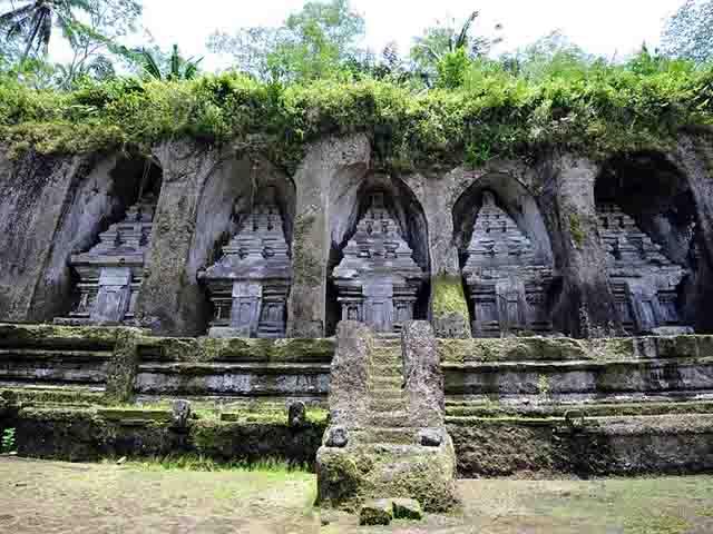 Gunung Kawi Temple Tampaksiring, the Rocky Temple