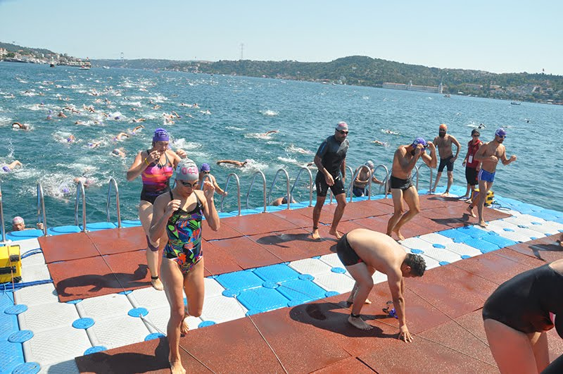 Congratulations to Samsung Bosphorus Cross-Continental Swim (Turkey)