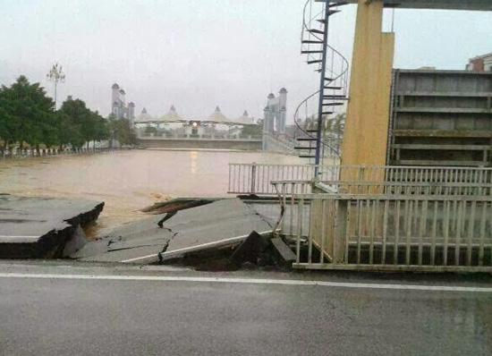 banjir di kemaman terengganu 2013