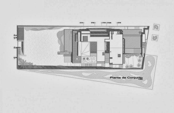 Site plan of Casa del Agua by Almazán Arquitectos Asociados