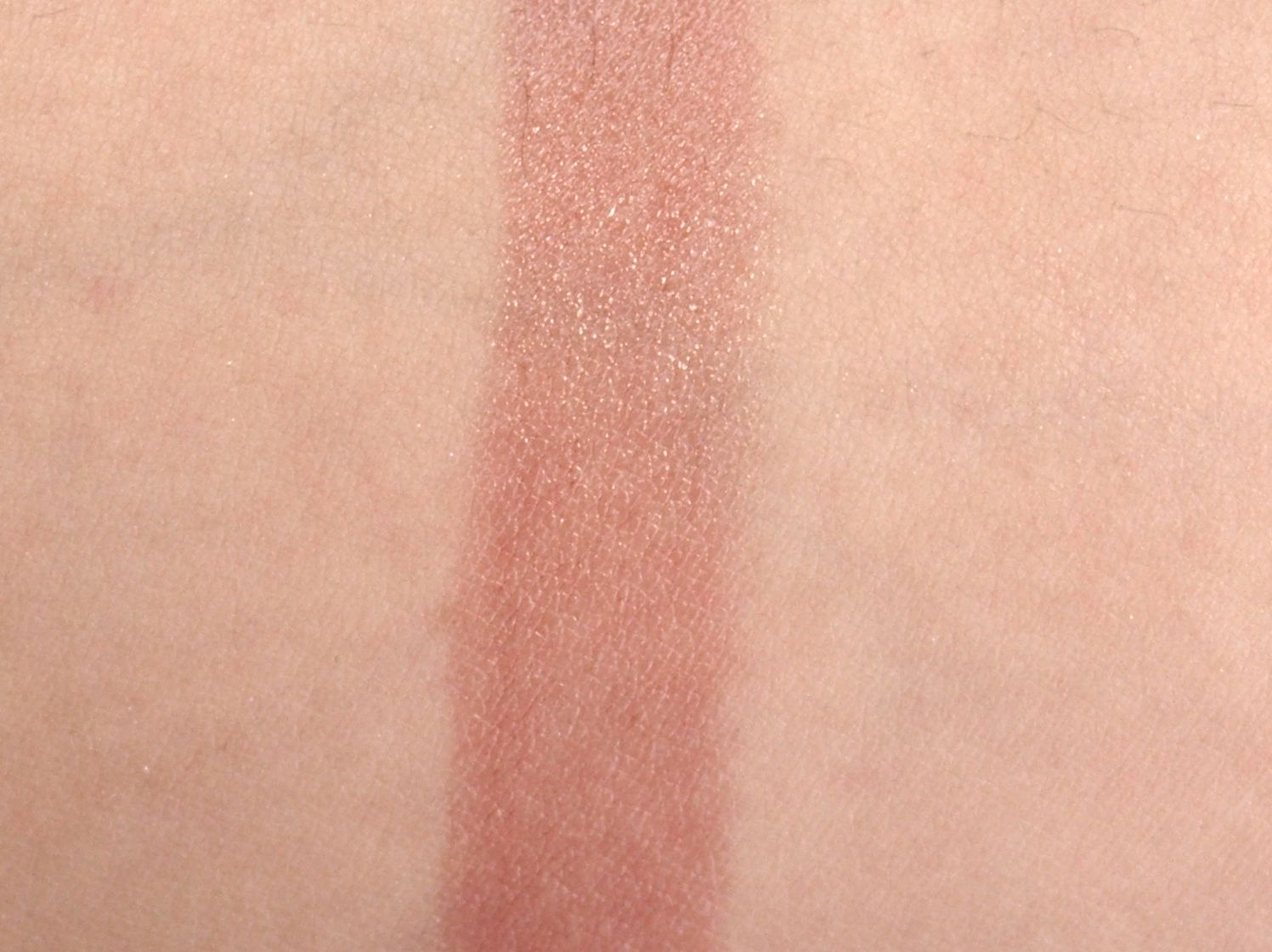 Clinique A Black Honey Affair Eyeshadow Palette & Black Honey Almost Lipstick: Review and Swatches