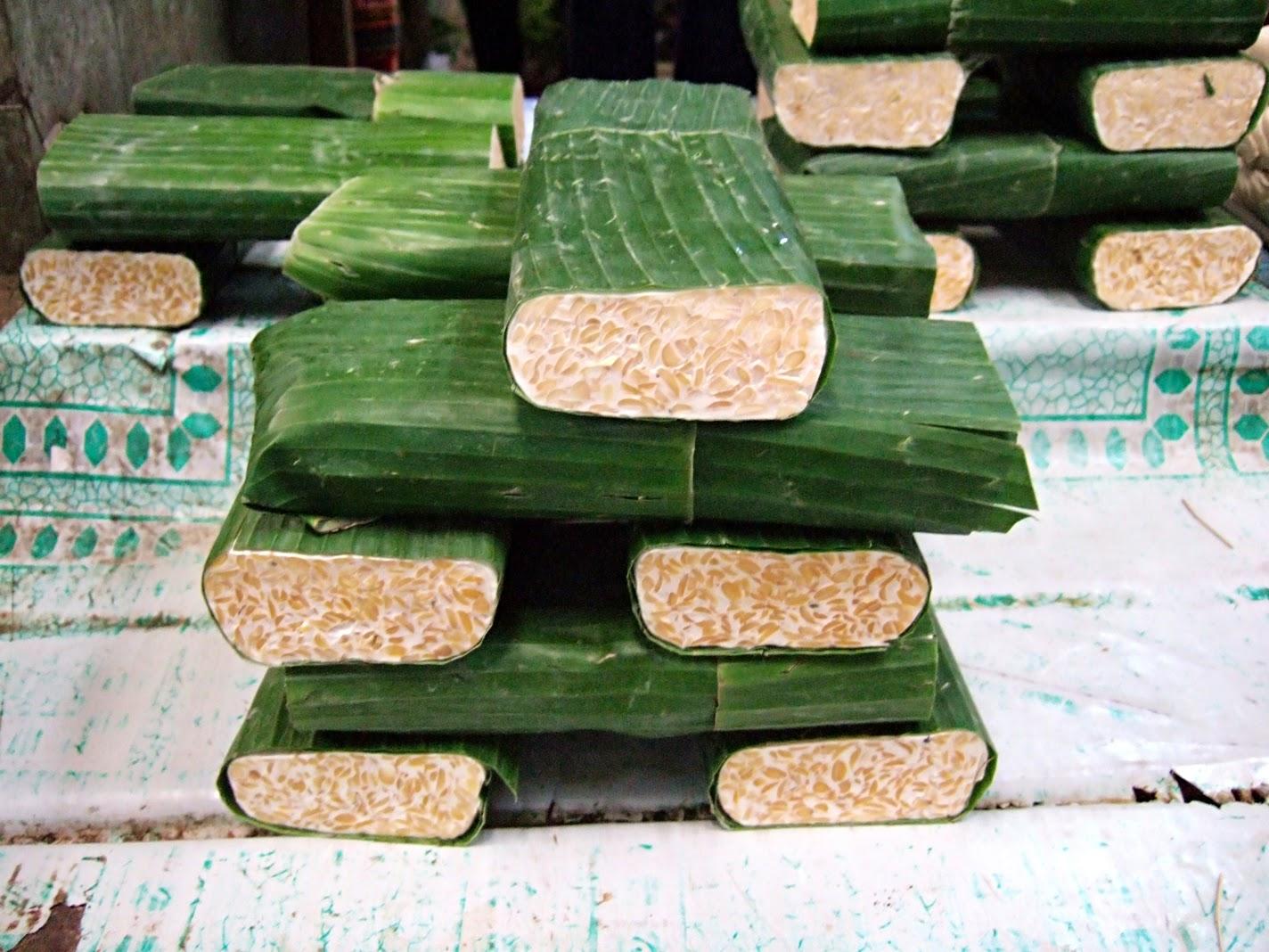 http://termuat.blogspot.com/2014/11/tempe-kelas-bawah-di-indonesia-kelas.html