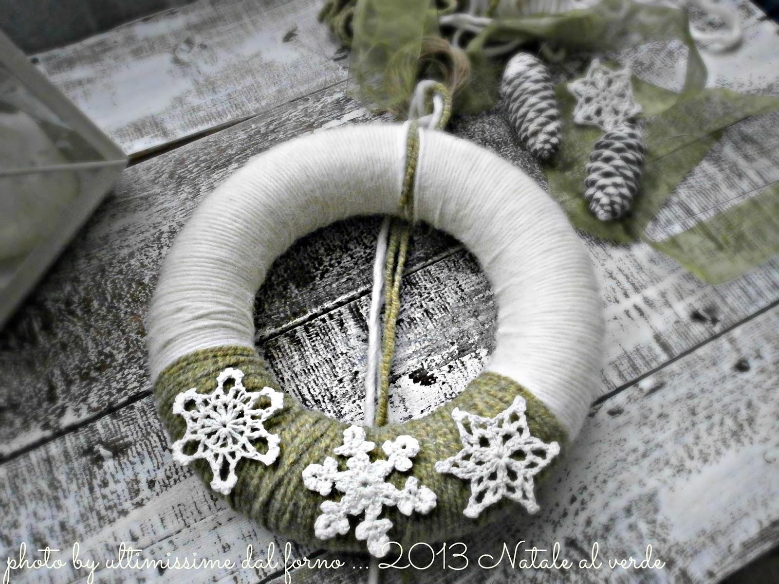 Ghirlande di natale con la lana