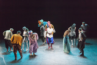 IN PERFORMANCE: the cast of Spoleto Festival USA's production of Pier Francesco Cavalli's VEREMONDA, L'AMAZZONE DI ARAGONA, 2 June 2015 [Photo © by Julia Lynn Photography]