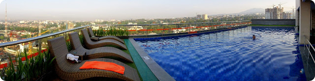 Sky Pool Harris Hotel