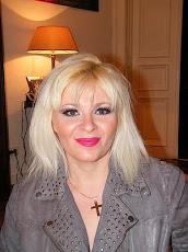 Helga König im Gespräch mit der weißrussischen Malerin Alesia Verenich