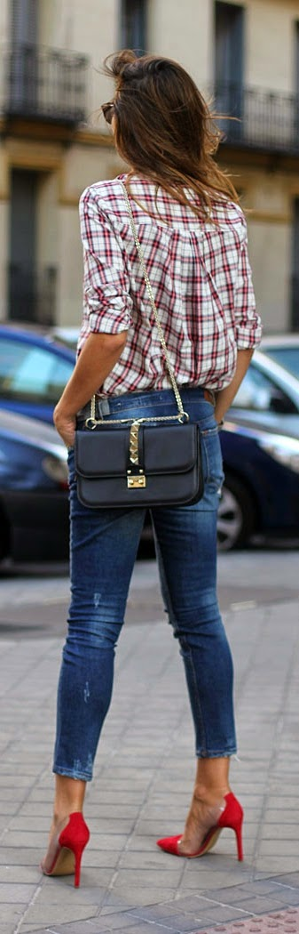 Chic Plaid and Skinnies Jeans with Pop Red Heels | Street Outfits
