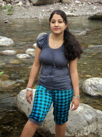 Beautiful girls,girls,real beautiful girls,indian beautiful girls,nice woman,tamil actress,big brest girls