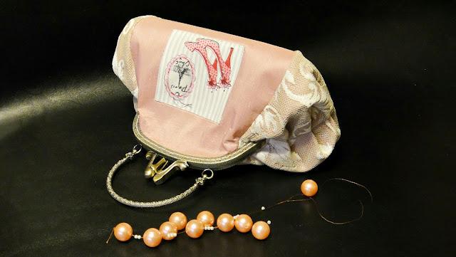 Свадебная сумочка-косметичка Розовая сумка невесты в стиле Арт-нуво. Сумочка на фермуаре - подарок невесте