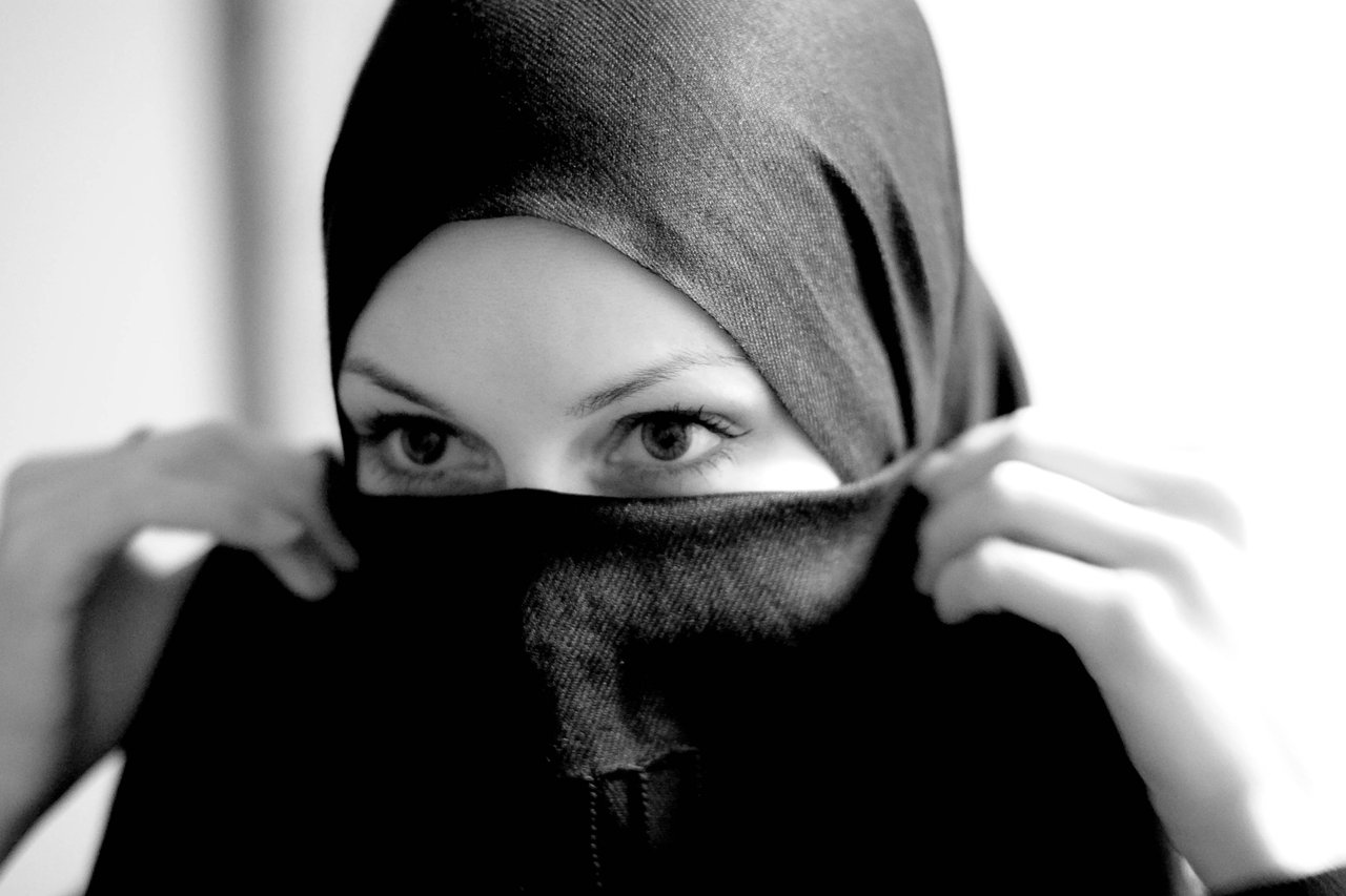 Category Article Muslim girls in hijab