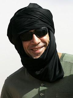 Javier Bardem en el Sáhara durante el rodaje de Hijos de las nubes, documental con el que irá a la Berlinale