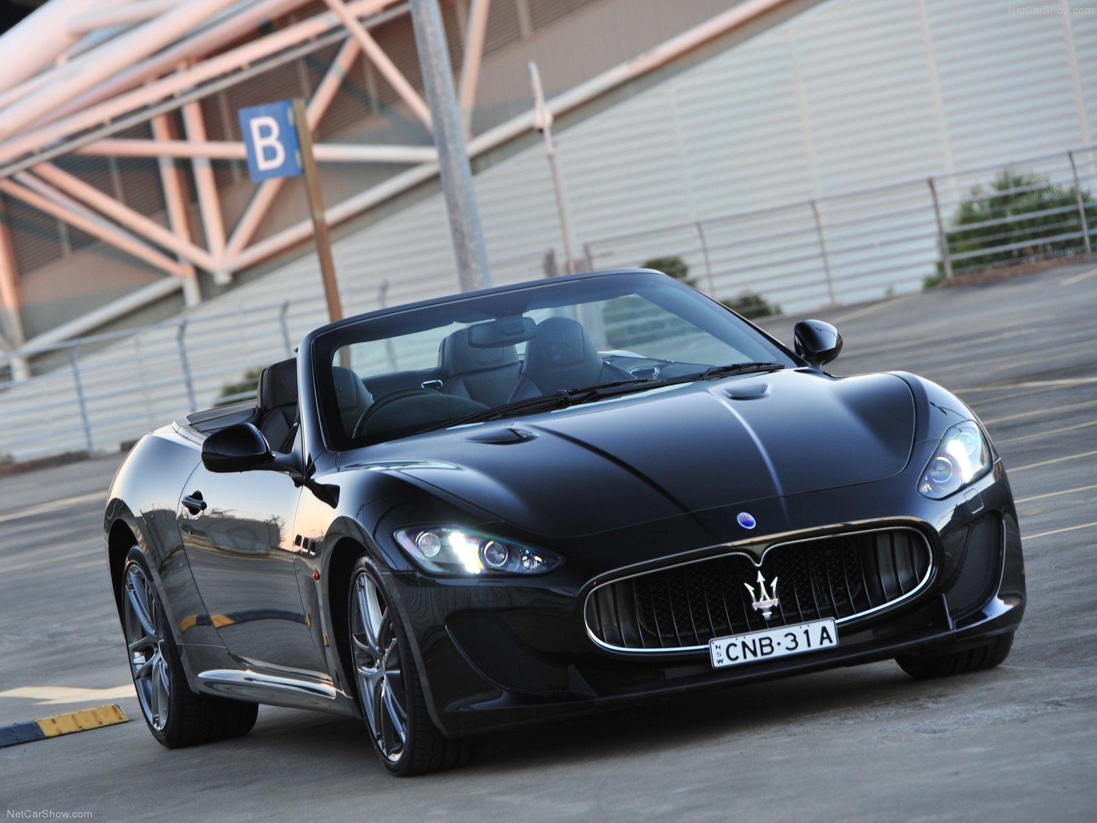 Hình ảnh siêu xe Maserati GranCabrio MC 2013 & nội ngoại thất