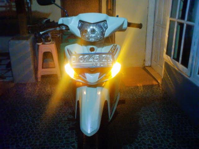 lampu hazard di motor