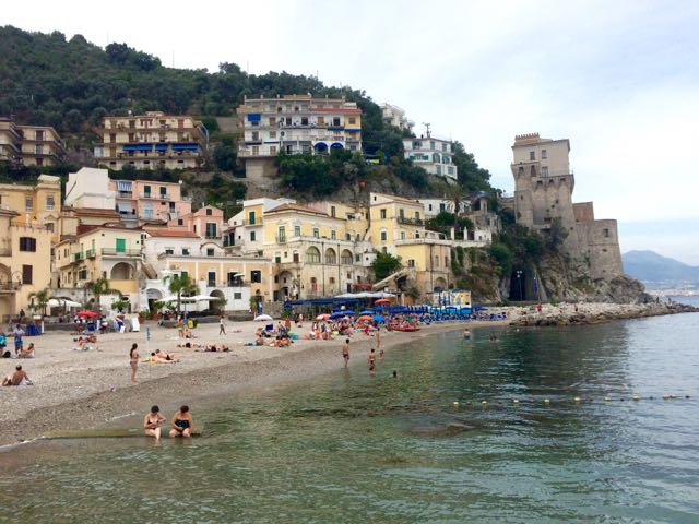 Where to eat and stay on the Amalfi Coast #SalernoC2C