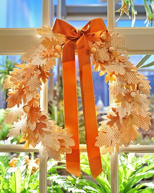 http://1.bp.blogspot.com/-0wiQYFFBq8Y/TqhCJ99r3FI/AAAAAAAAEKk/TO5KK9dUll4/s1600/vintage+paper+wreath.jpg