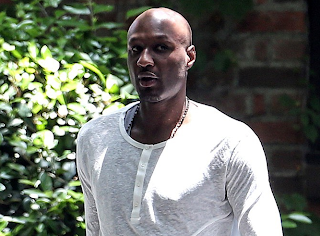 Lamar Odom Goes Berserk on Paparazzi