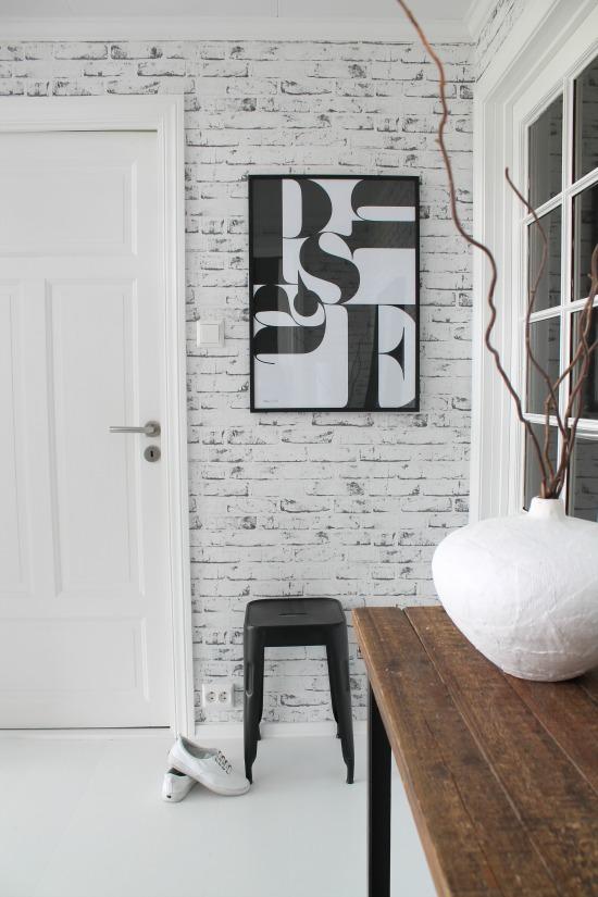 Salon Gris : Como decorar tu recibidor con papel de ladrillos blanco
