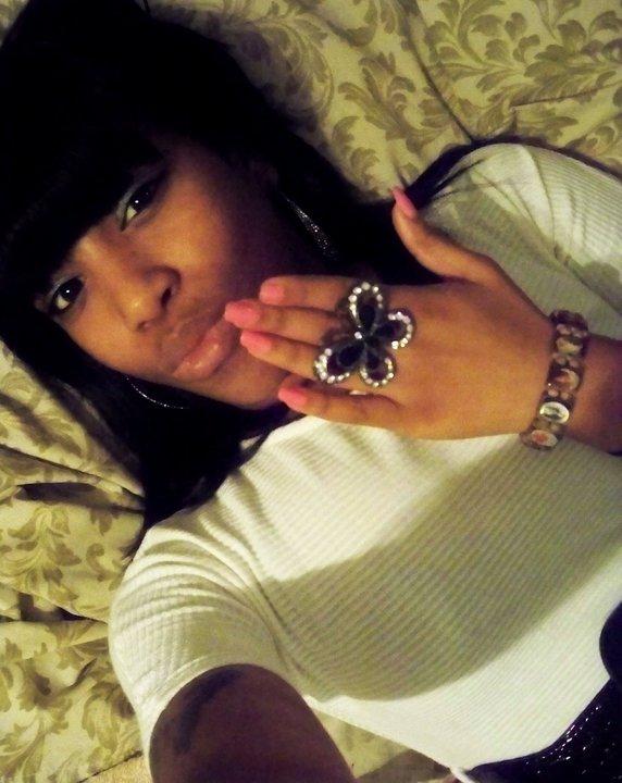 The Rapper Nicki Minaj Hot Tattoos Pictures