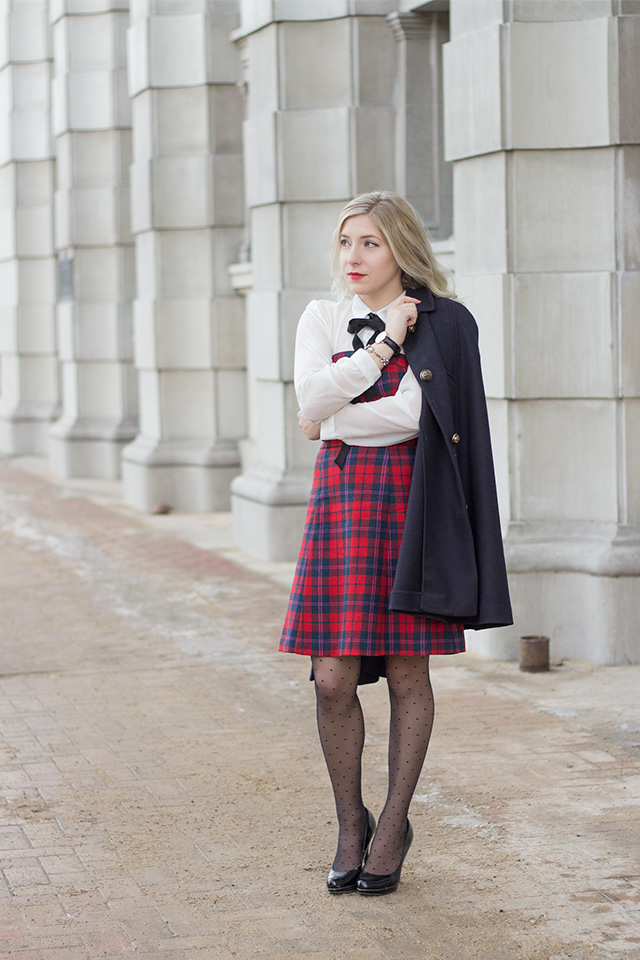 How to wear a cape coat // Holiday Outfit Inspiration via Pretty Little Details
