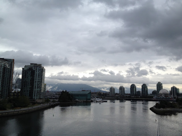 [vancouver] city & mountains