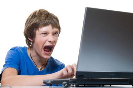 Cara Memperbaiki Laptop Blank Hitam