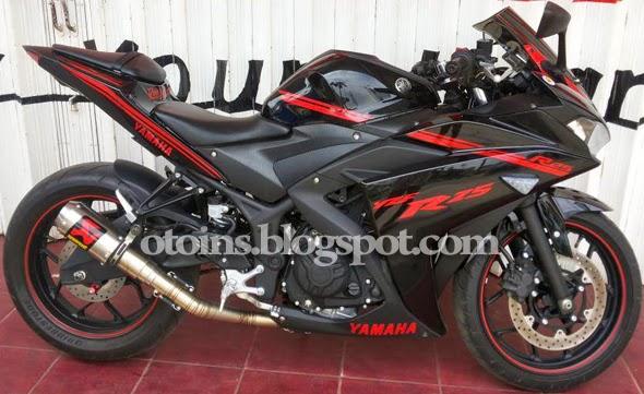 Modif Yamaha R25 Hitam