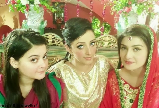 Aiman Khan And Minal Khan Images Gallery