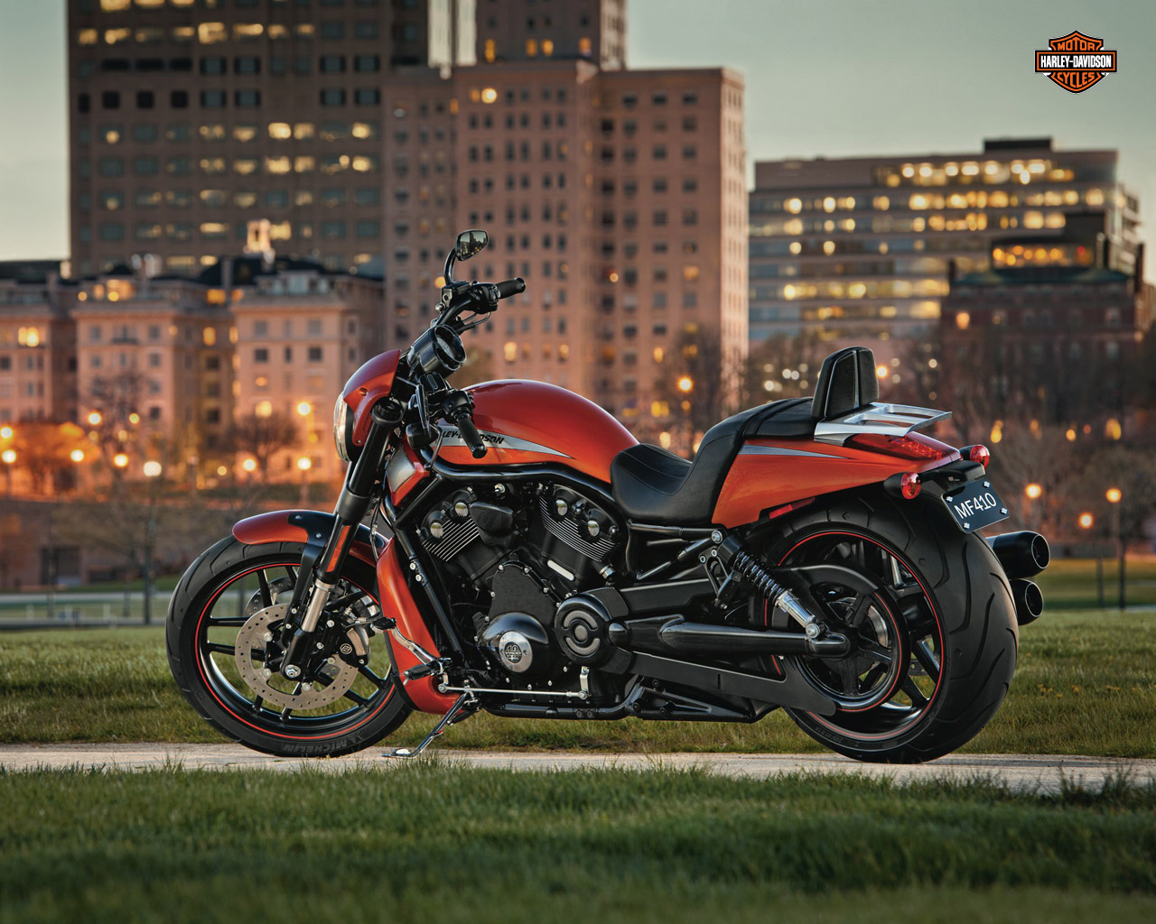 Harley Davidson: Godtoldmetonoise: Harley Davidson Wallpaper Collection #6