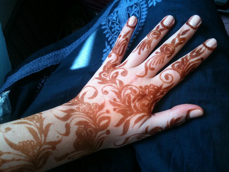 Henna Tattoo Qatar : Creative henna artist qatar makedes