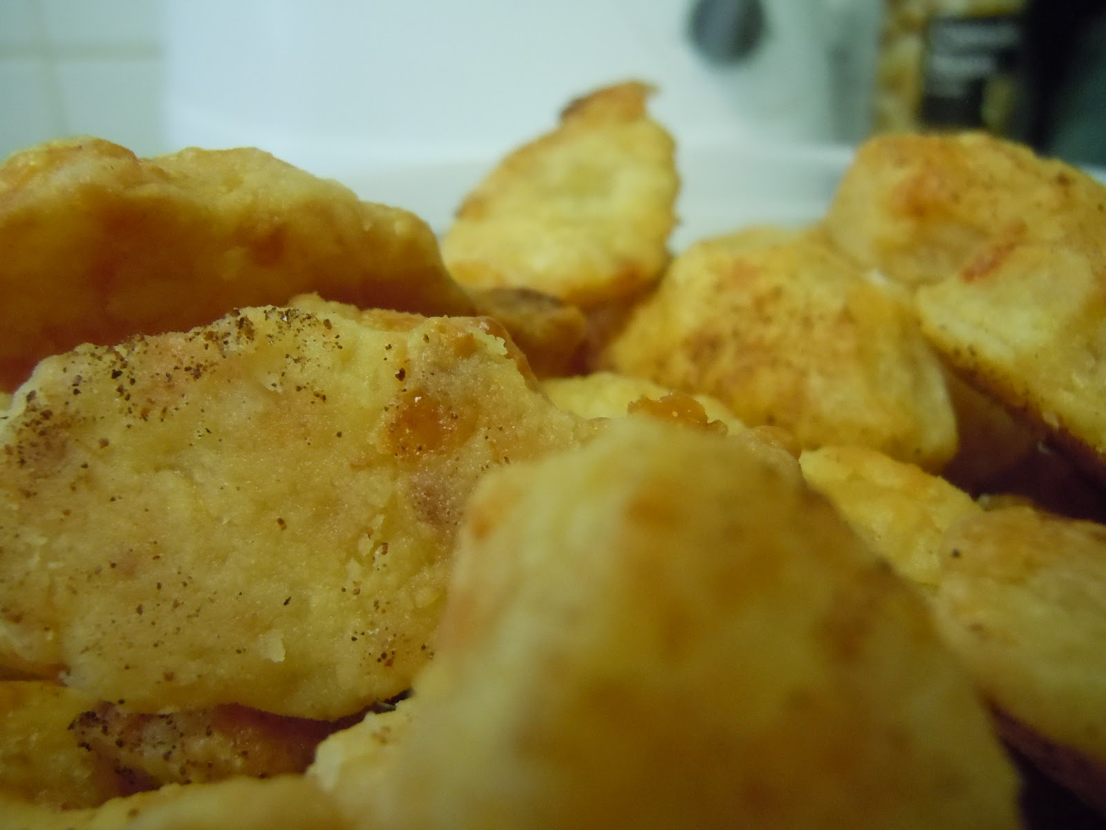 A Foodie's Footnotes: Homemade Cheez-Its: Chili and ...