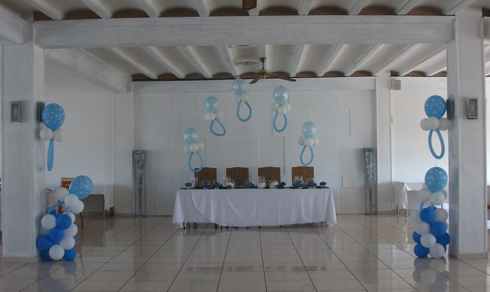 Decoraci n con globos de todo fiesta decoraciones con - Decoracion columnas salon ...