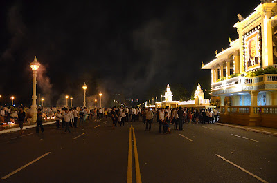 Return of body of King Norodom Sihanouk, night at Royal Palace, Phnom Penh, Cambodia