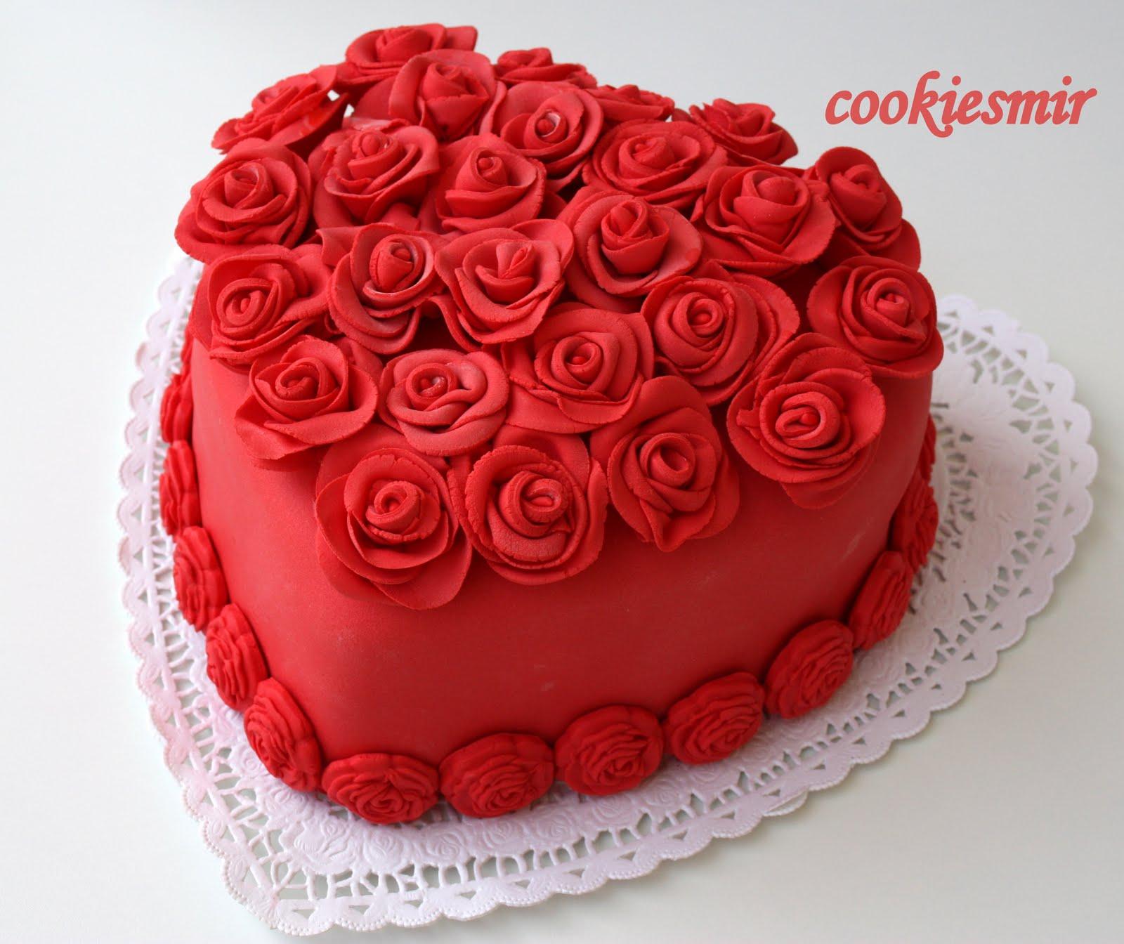 Serap hanımın doğum gününe hazırlanan sürpriz pasta