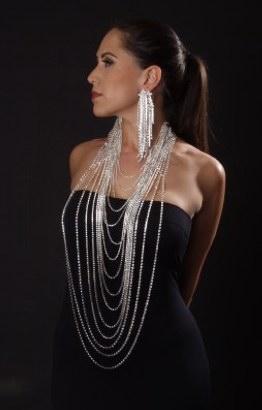 rhinestone necklace viktorviktoriashop.com