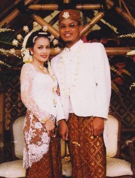 Pernikahan Uya Kuya dan Astrid Khairunnisha