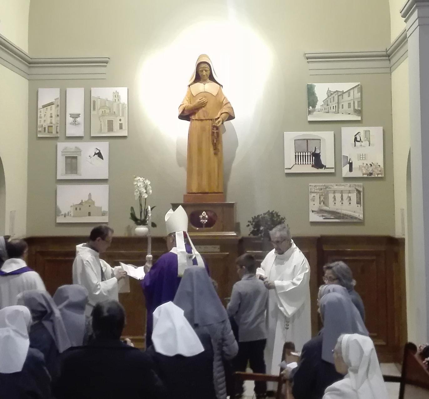 Fotos de la benedicció de la capella de Sta. Maria Rosa Molas