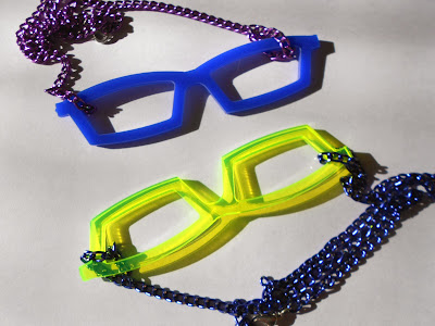 https://www.etsy.com/listing/167745650/neon-green-spectacles-necklace-on-blue