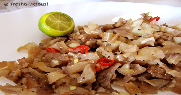 Kinilaw na Tenga ng Baboy (Boiled Pig's Ears in Vinaigrette)