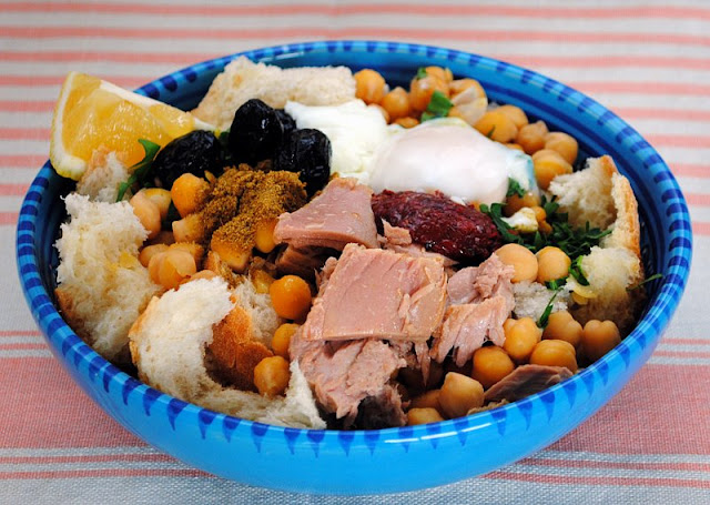 En ces jours de grands froids, rien de tel qu'un bon plat de Lablebi bien chaud, plat typique tunisien. - Qu'est ce que le Lablebi ?