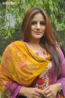 Karimedu-Actress-Pooja-Gandhi-Stills-at-Movie-Success-Meet