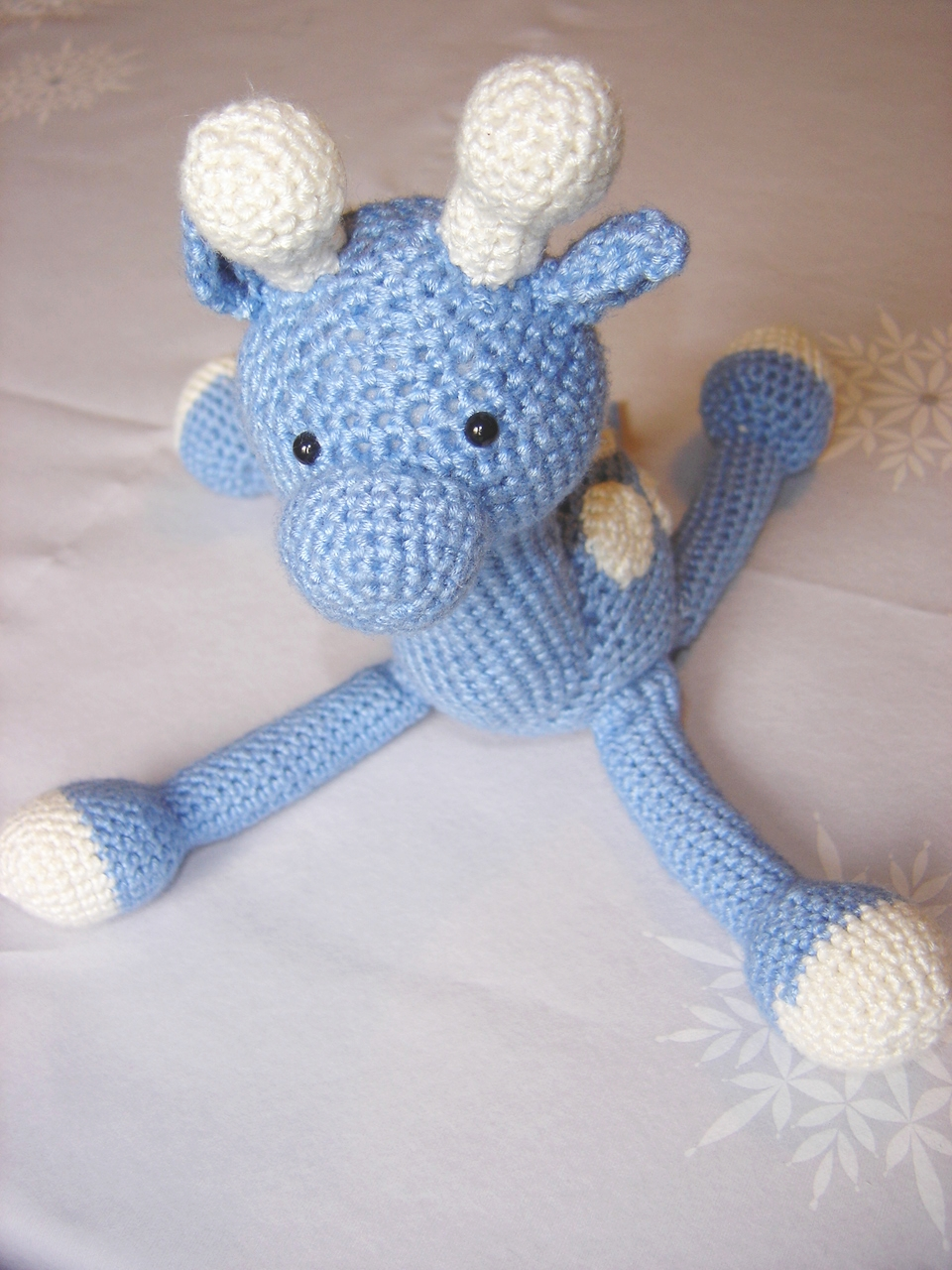 Crochet Patterns For Giraffe : little black teapot: Horace the Crochet Giraffe