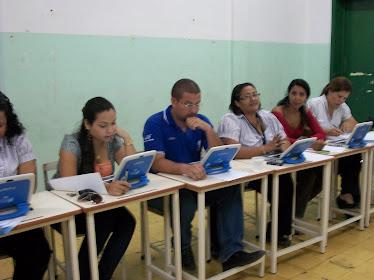 Arranco el AdiestramientProyecto Canaima en La Escuela Primaria Bolivariana Lucrecia García