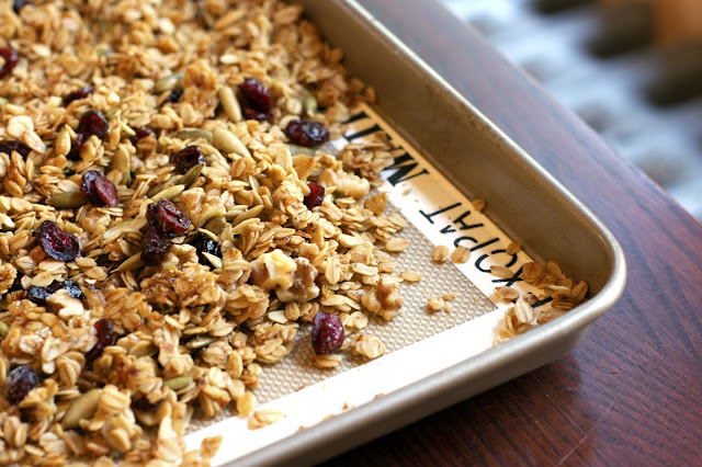 Maple Granola with Cranberries, Pumpkin Seeds and Walnuts